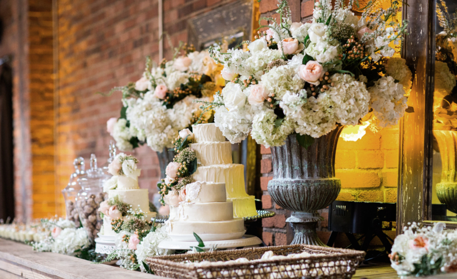 wedding cake; wedding desserts